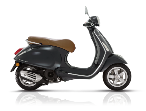 2018 Vespa Primavera 150i in Black